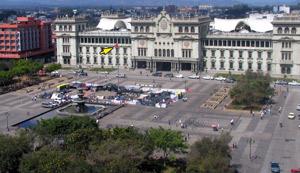 Protesta en el Palacio