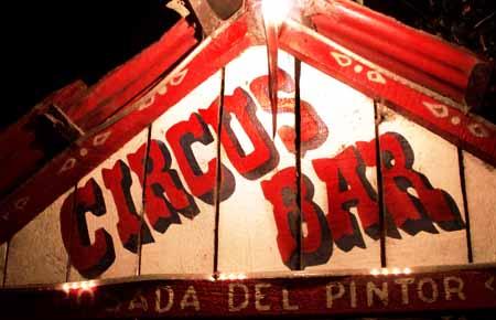 Circus Bar de Panajachel, en el Lago de Atitlan