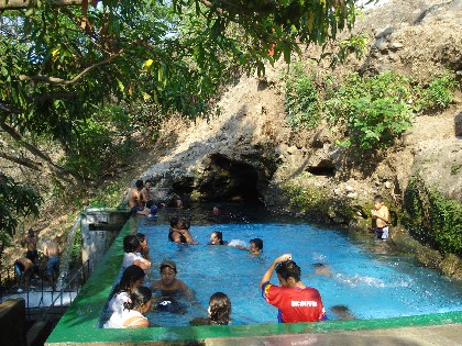 La Cueva de Andá Mirá se ubica en Jalpatagua, Jutiapa, en el oriente de Guatemala.