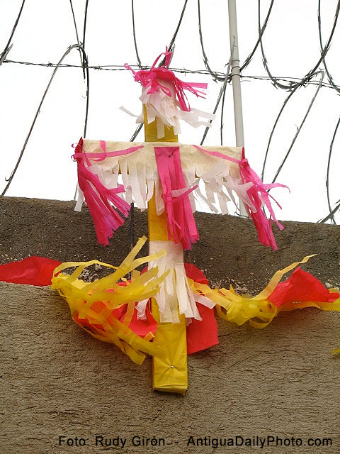Día del albañil, de la Santa Cruz y de las fiestas patronales de Amatitlán