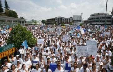 manifestacion-justicia-guatemala-rosenberg