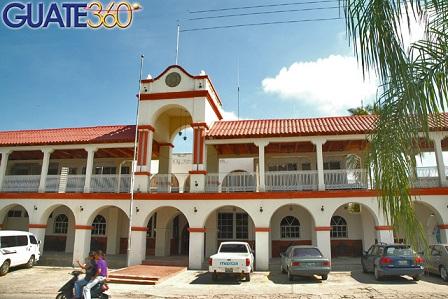 Edificio Municipal de Zacapa en el oriente de Guatemala.