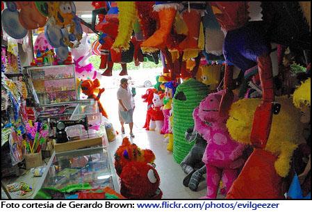 Piñatas de Guatemala