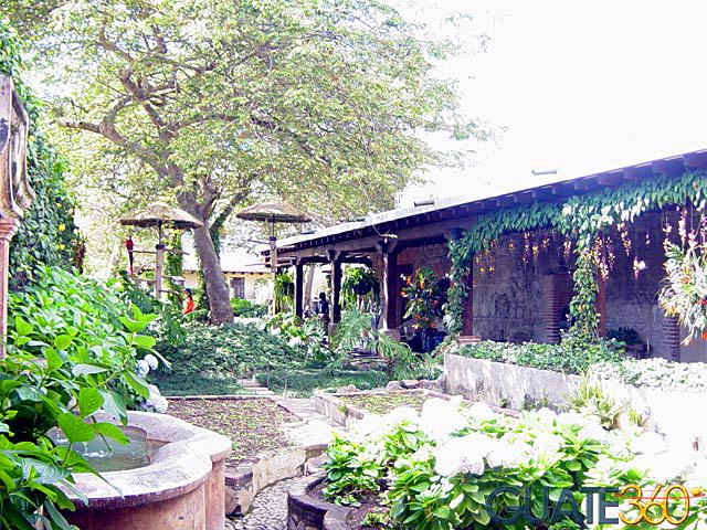 Fotos de hotel casa santo domingo for Casa jardin restaurante