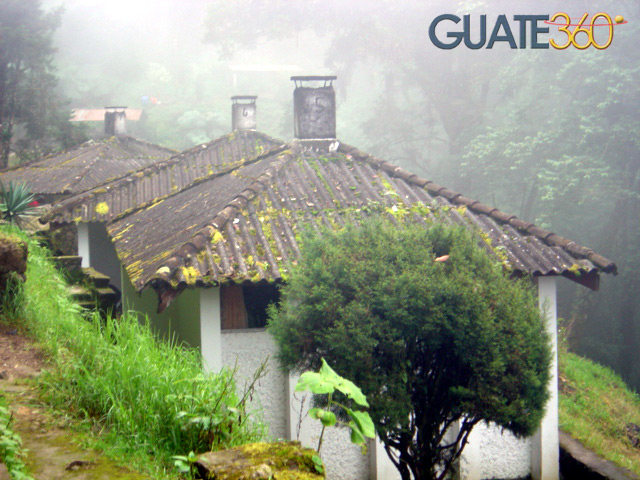 Fotos de fuentes georginas bungalows for Bungalows el jardin retalhuleu guatemala
