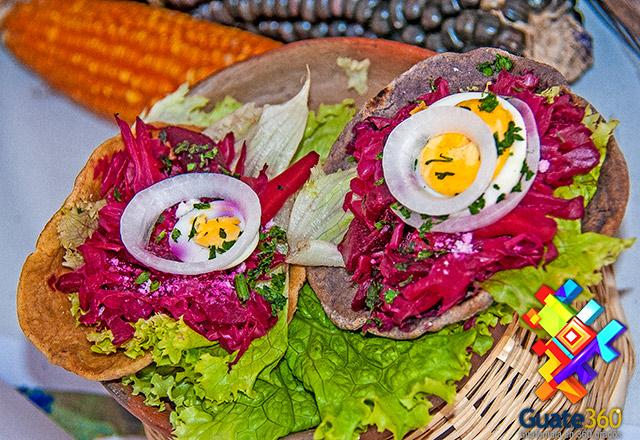 enchiladas-recetas-de-comida-de-guatemal